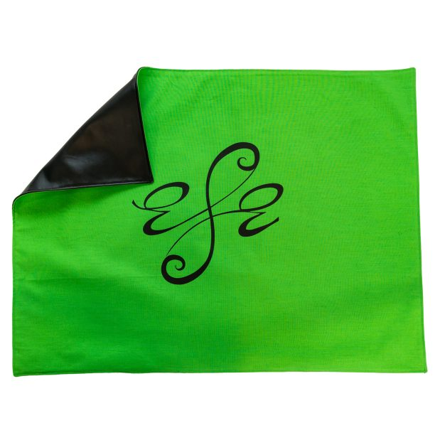 Seat Scarf with Center Logo – Green